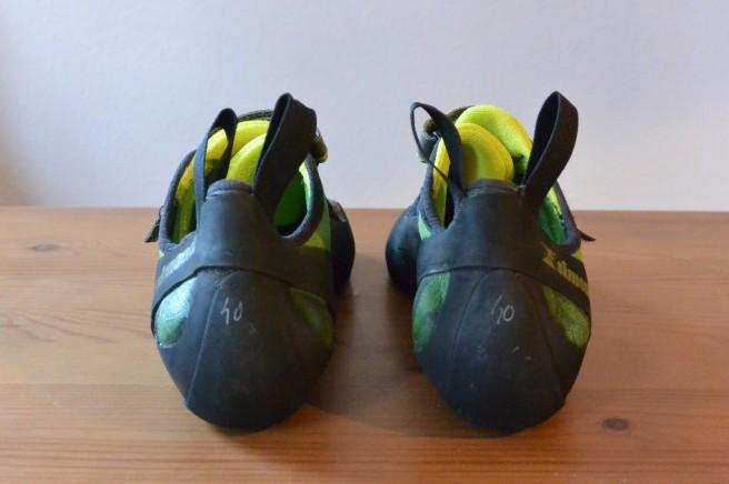 Simond Vuarde Tech Green von hinten - Klebereste auf dem Kunstleder sind deutlich erkennbar